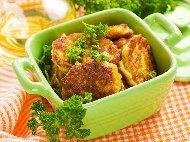 Рецепта Печени картофени кюфтета с яйце и сирене на фурна